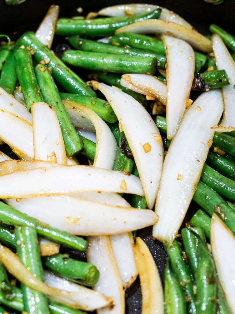 stir fried green beans and onions