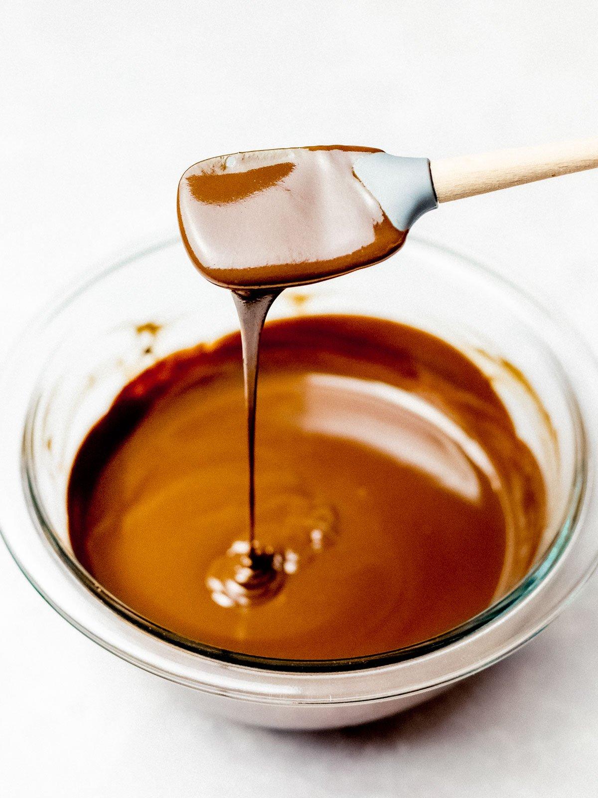 5 Minute Chocolate Ganache for Cakes, Glazes, Dips