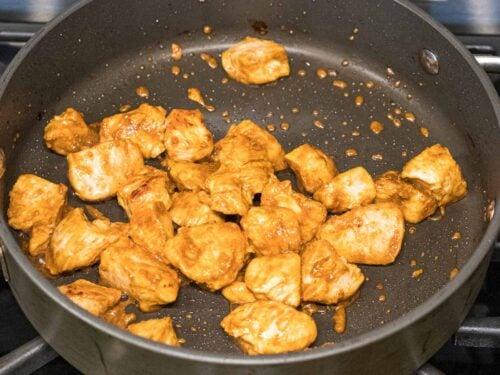 chicken breast stir fried with sauce