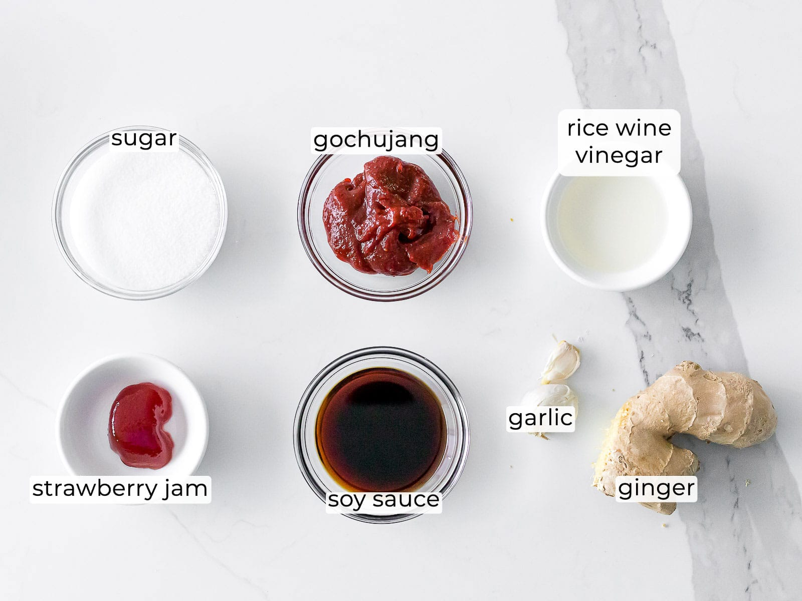 ingredients for gochujang sauce in small ramekins